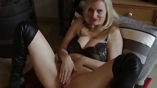 crazy mature milf having a real orgasm on vacation